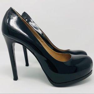POUR LE VICTOIRE Black Irina Pumps